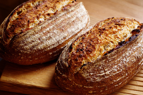 Хлеб с жареным льном на закваске