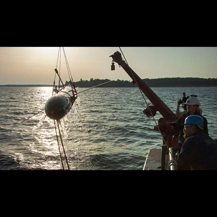 Робот-невидимка завершил подводные испытания
