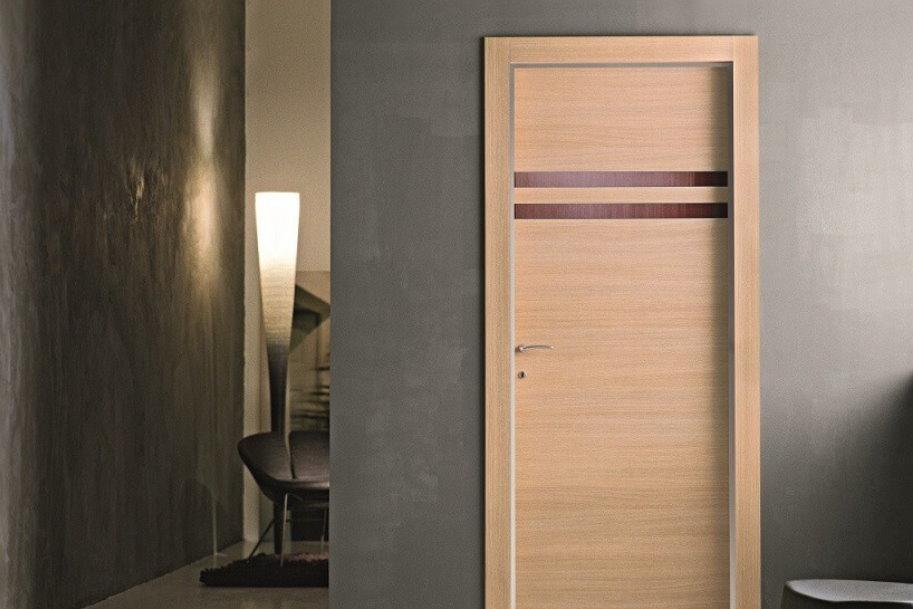 Как выбрать современные шпонированные двери