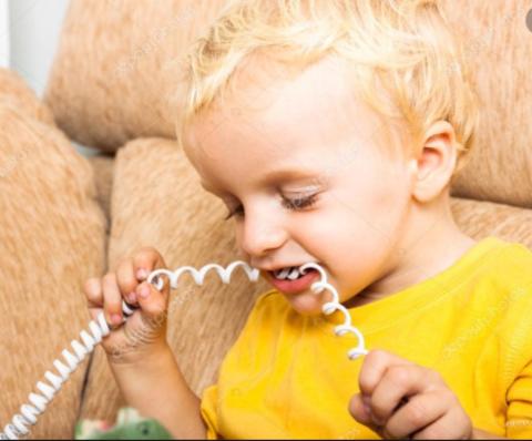 10 обыденных вещей, которые способны надолго увлечь малыша!