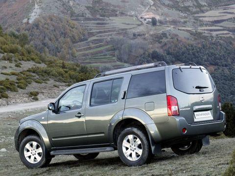 Установка пнемобаллонов на Nissan Pathfinder 4