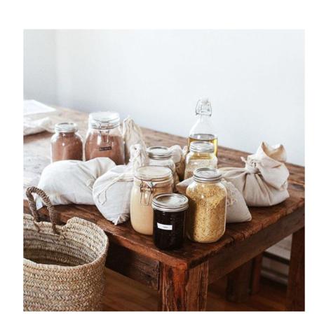 Во что покупать и в чём хранить влажные или жидкие продукты?🥣