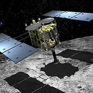 Японские роботы исследуют астероид