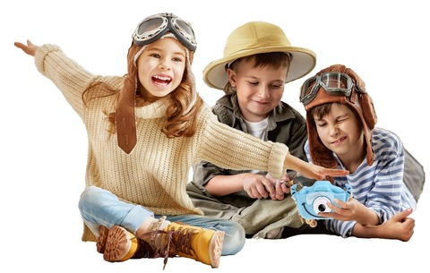 Малыши и детский цифровой фотоаппарат