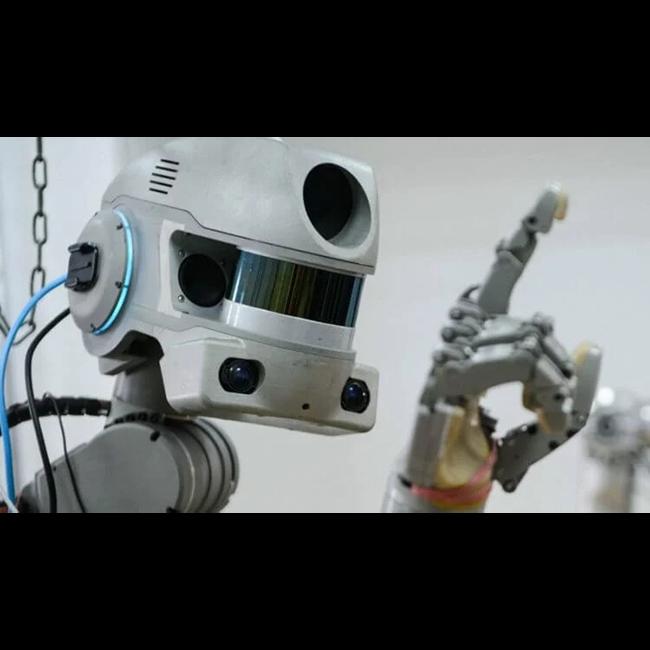 Робот FEDOR завел страничку в Твиттере