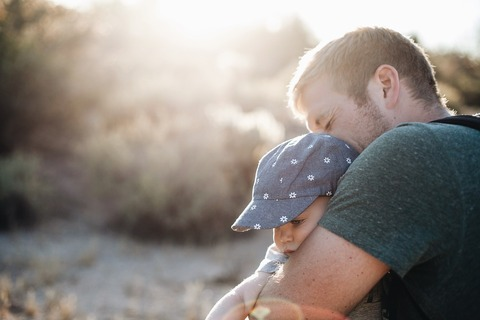 5 вещей, которые нельзя делать при ребёнке!