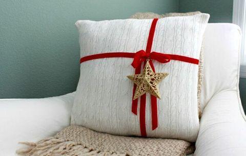 Дарим подушку при заказе матраса