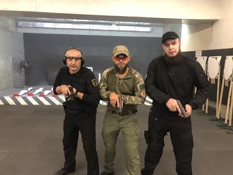 Стрельба одной рукой, нужна или нет. На Rang Day