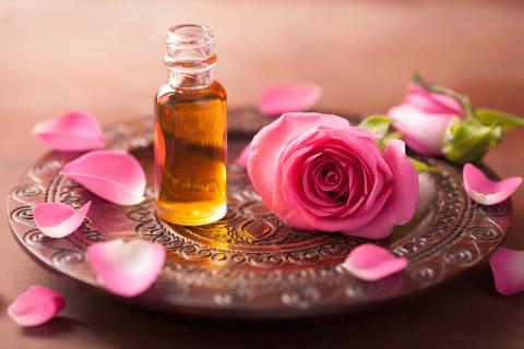 Розовое масло
