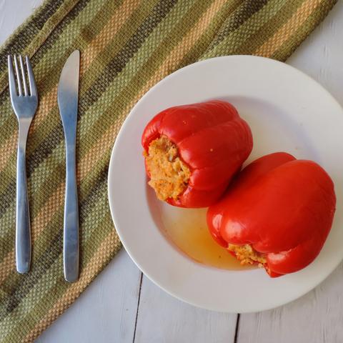 Запеченные перцы с соевым фаршем и грибами
