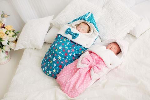 Выписка малыша из роддома в холодную погоду