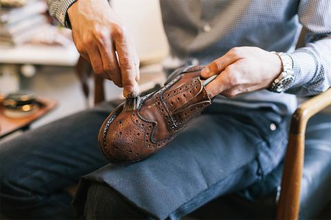Как правильно ухаживать за обувью весной?