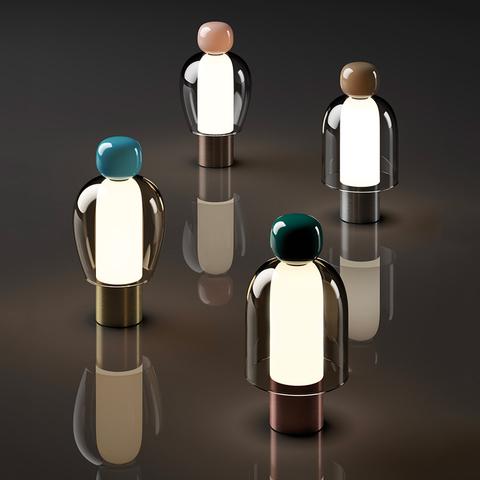Проще простого, удобней удобного: портативная настольная лампа Easy Peasy от Lodes