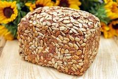 Рецепт домашнего бездрожжевого хлеба без глютена из зеленой гречки