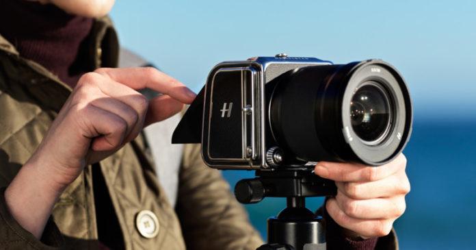Стартовали продажи среднеформатной камеры Hasselblad 907X 50C