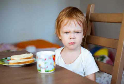 Ученые попросили родителей не заставлять детей-приверед есть