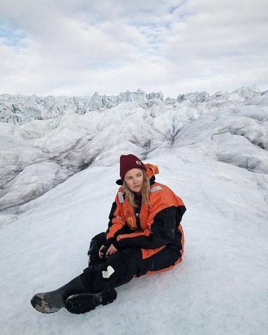 Аня на Свальбарде
