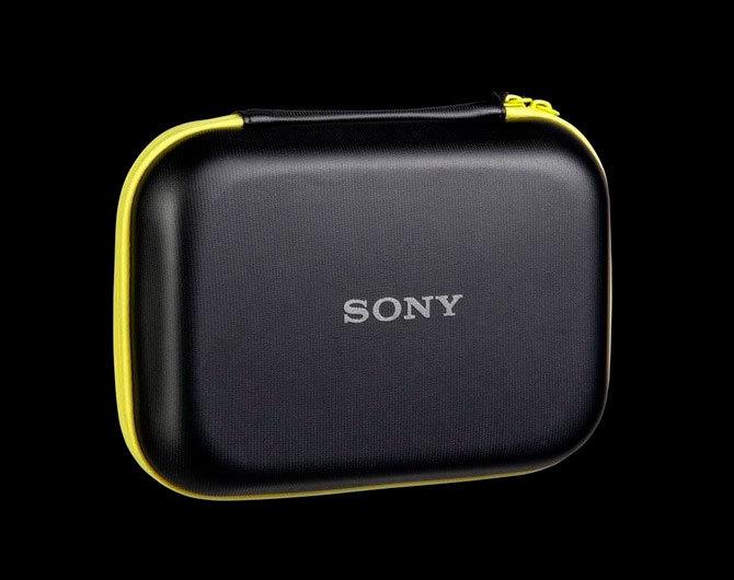 Кейс Sony (LCM-AKA1) – качественный аксессуар для качественной техники
