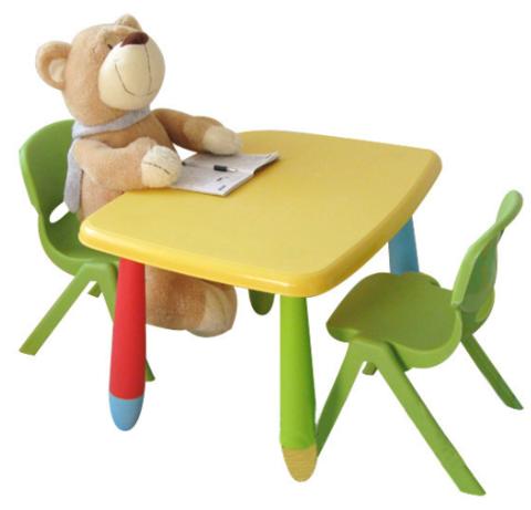 Как выбрать столик ребёнку 2-х лет правильно?