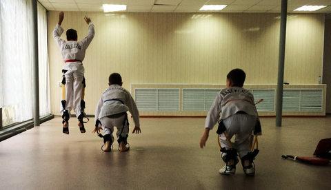 Функциональный тренинг с тренажерами SKLZ в детской секции тхэквондо