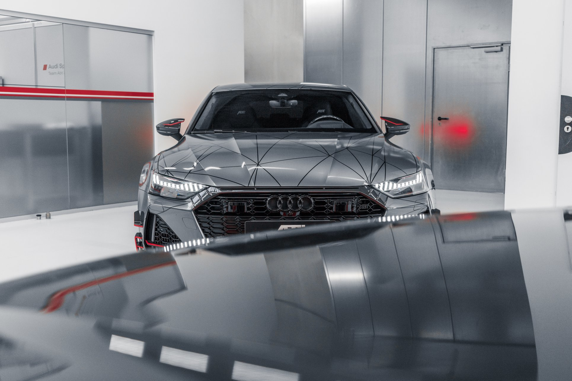 Audi RS7-R with ABT body kit and carbon parts
