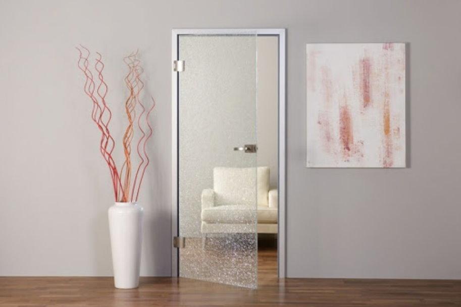Как выбрать стеклянную дверь в офис