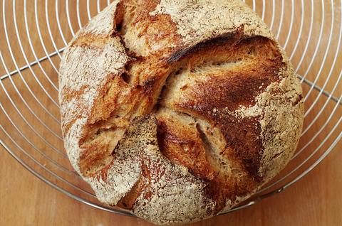 Пивной хлеб на закваске и фруктовых дрожжах
