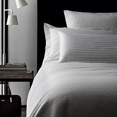 Текстиль и инвентарь для гостиничных номеров