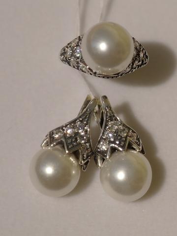 Серебряные кольца с жемчугом (майоркой)