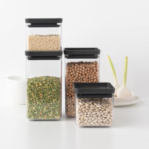 Пластиковые контейнеры для сыпучих продуктов