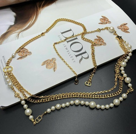 Бусы Dior