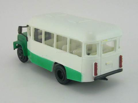 KAVZ-3976 Bus white-green Kompanion 1:43