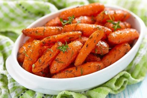 Морковь молодая (Россия) Цена указана за 1 кг.