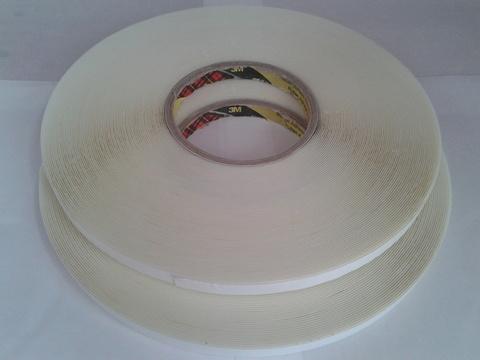 Прозрачный вспененный двусторонний скотч 3М, толщина - 1,0 мм