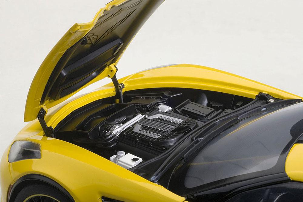 Коллекционная модель Chevrolet Corvette C7 Z06 C7R Edition 2016