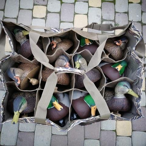 Сумка Avery 12-Slot Duck Blades
