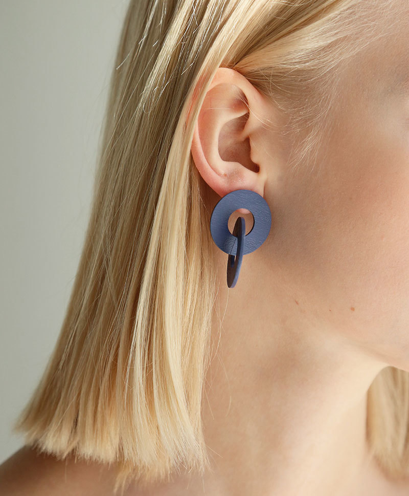 Серьги Cleo Earrings in Blueberry