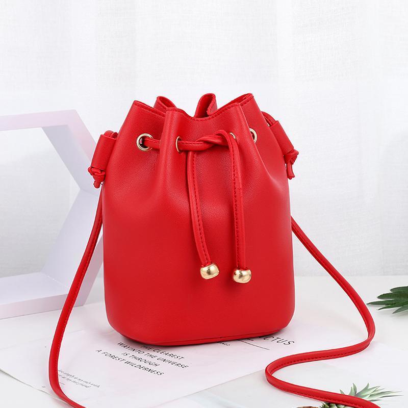 Сумка-мешок женская маленькая 26х22х14 см красная 0992-3