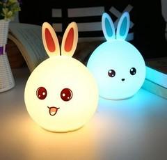 Детский силиконовый светильник ночник зайчик фото