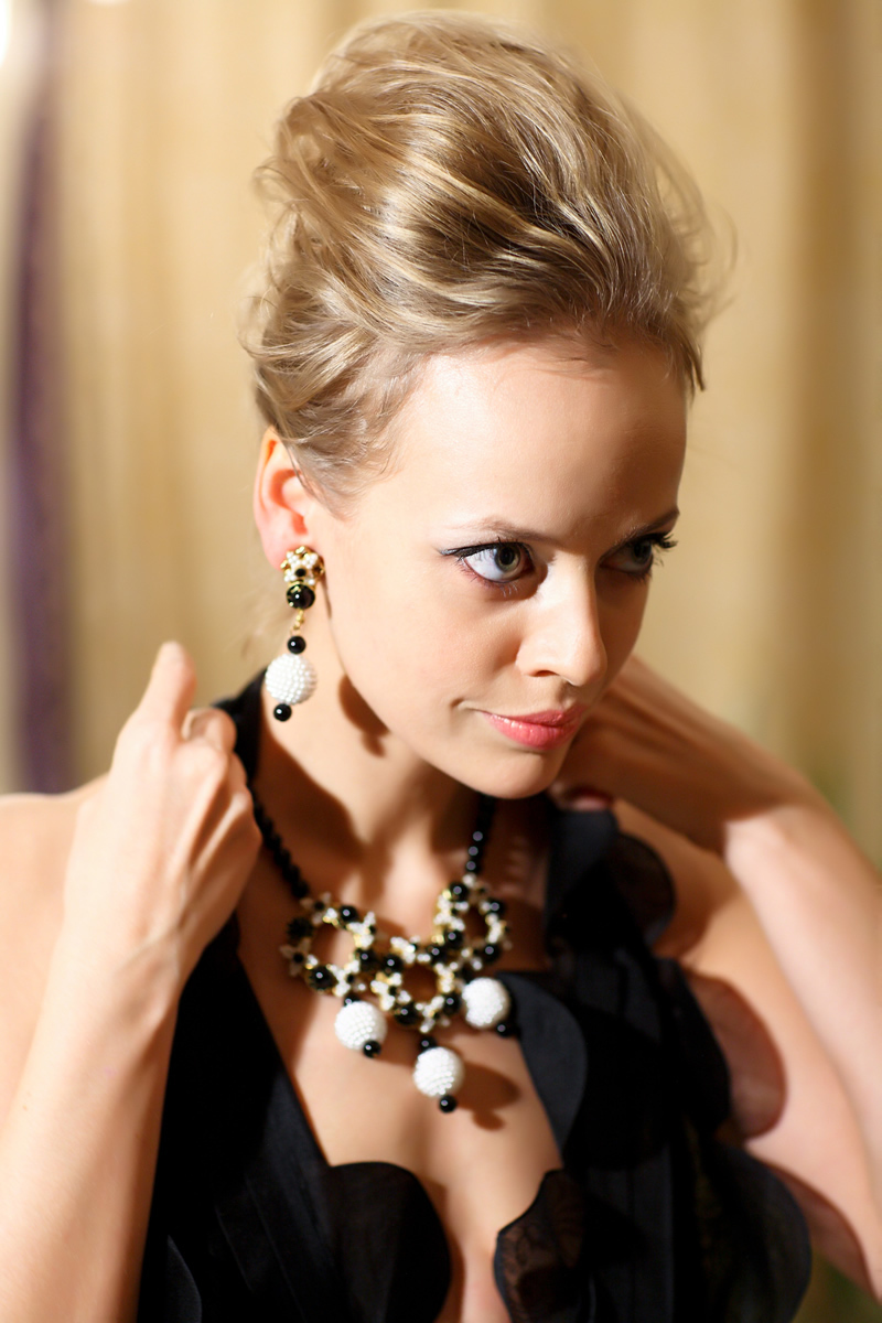Stylish black and white necklace and earclips by Stanley Hagler