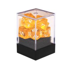 Набор разногранных жёлтых прозрачных кубиков