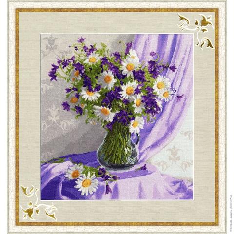 Размер: 38,1×34,7 см;¶Канва: Аида кремовая 16;¶Вышивается крестом в 2 нити;¶Количество цветов: 29.