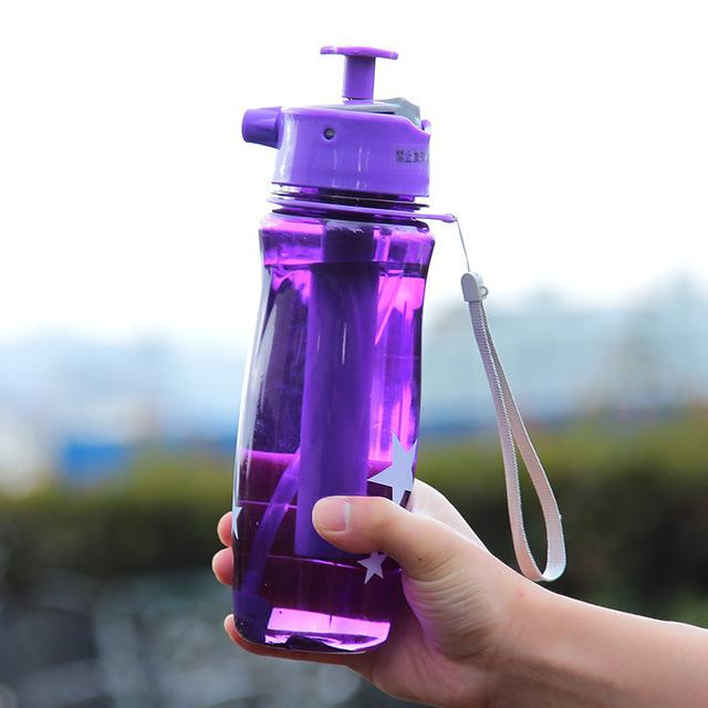 Фиолетовый цветовой вариант спортивной бутылки