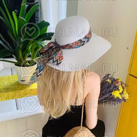 Соломенная женская шляпа с большими полями Белая с лентой