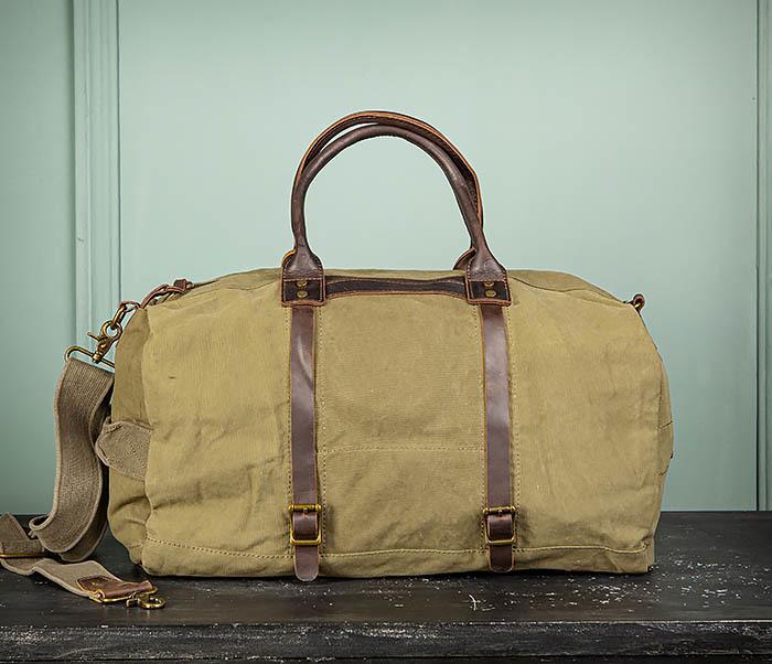 BAG500-3 Тканевая дорожная сумка зеленого цвета с ремнем на плечо