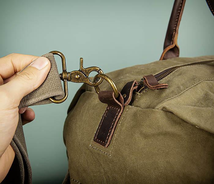 BAG500-3 Тканевая дорожная сумка зеленого цвета с ремнем на плечо фото 03