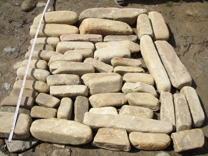Бортовой камень речной Жёлтый для бордюров