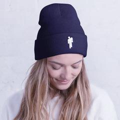 Вязаная шапка с отворотом и вышивкой Билли Айлиш (Billie Eilish) темно-синяя