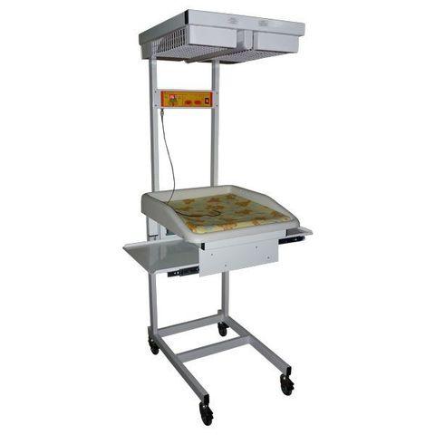 Стол для санитарной обработки новорожденных АИСТ-2 (выдвижные полки из металлической стали с порошковым покрытием) - фото