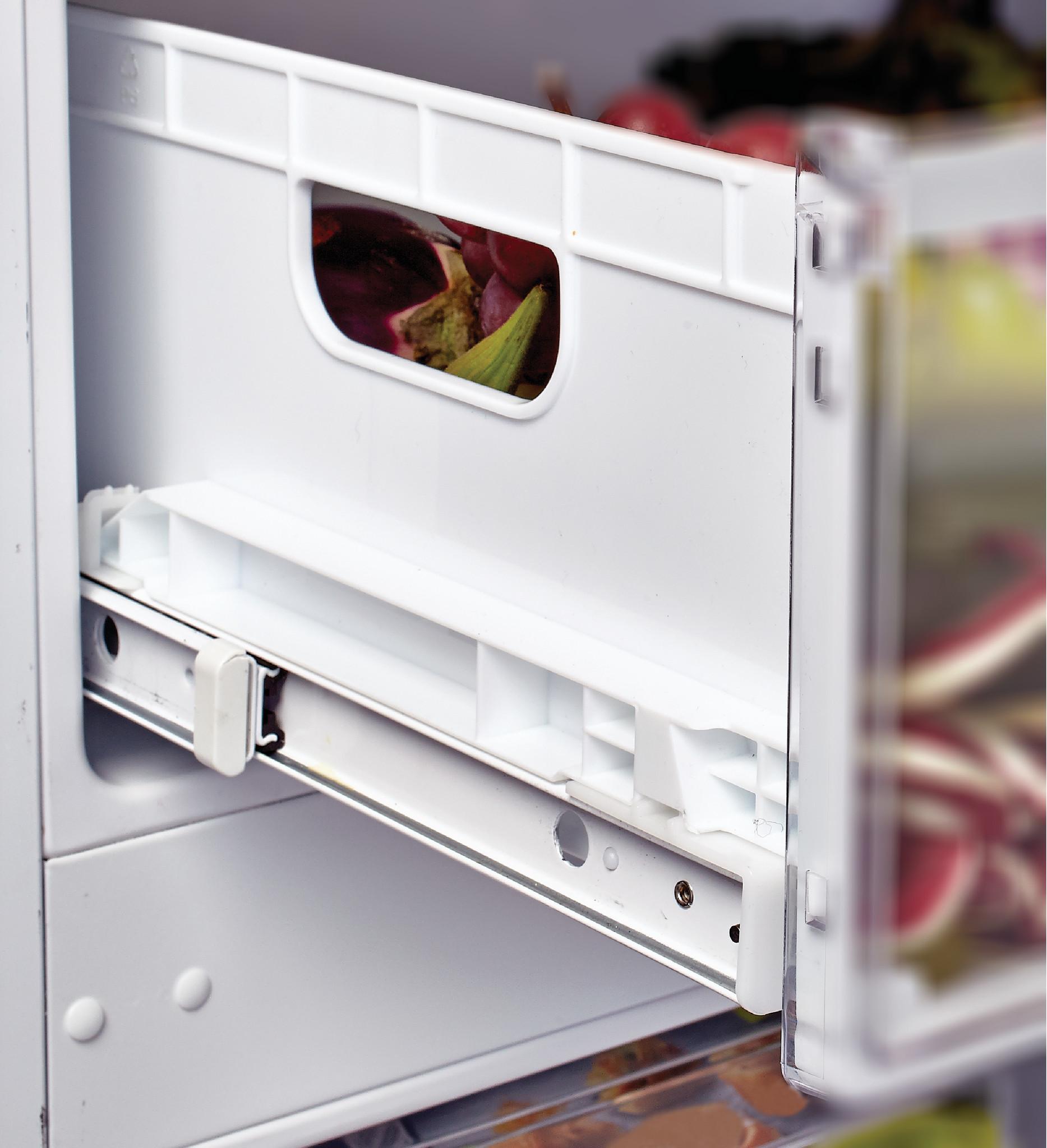Встраиваемый холодильник Candy CKBBS182FT фото 4